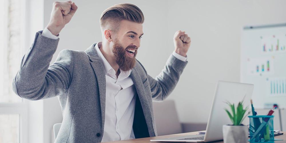 بیشتر افراد به این کار علاقهمند هستند. هر روز افراد بسیاری در اینترنت نقلقولهایی راجع به موفقیت را سرچ میکنند.