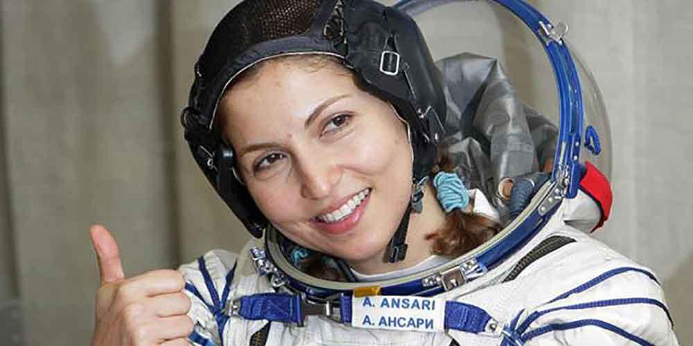 زن ایرانی فضانورد