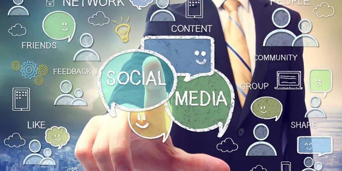 کار در رسانه های اجتماعی